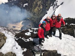 """Picture above: Sören, Roman, Kristina and Vasily made it to the very top, up to the crater rim of the volcano """"Villarrica"""" (2847 m)"""