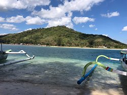 snorkelling the SW Gilis