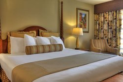 King room with in-room whirlpool