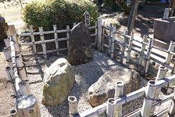 野々宮神社(力石)