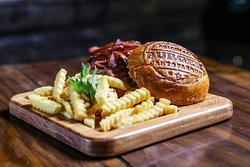 Santo Bacon burger.