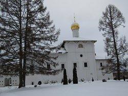 Храм Благовещенья Пресвятой Богородицы - начало 16 века.