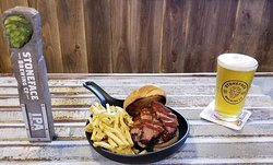 Road Hawg BBQ Swine Dining