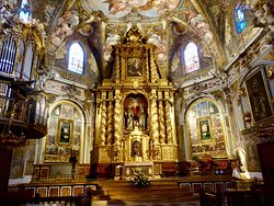 Parroquia de San Nicolas de Bari y San Pedro Martir
