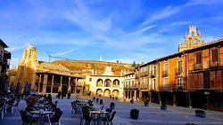 Plaza Mayor de Ayllon