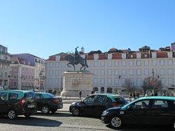 ドンジョアン1世の騎馬像
