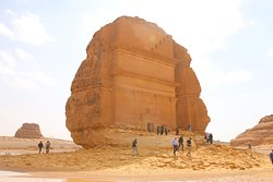 We did a tour in Madain Saleh and have a look at the tombs.
