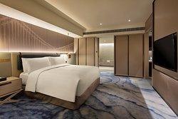 King premium suite bedroom