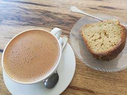 Saffron hot chocolate with cardamon cake