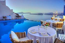 Dinner at Alali Restaurant in Astarte Suites Hotel | Santorini