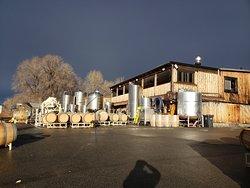 Da Silva Vineyards & Winery