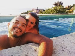 eu e meu esposo em Lua de mel, na Pousada João Fenandes em Búzios RJ