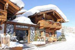 Promi ALM Flachau direkt neben der Liftstation ACHTERJET in Flachau. Top Lage. Ski IN. Ski OUT