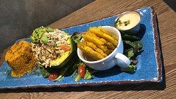 Aguacate Relleno de Crab Salad