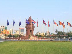 Phnom Penh Taxi Tour - Attractions