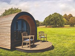 Luxury Glamping Pods weith their own wetroom and luxuries of home , but in the great ourdoors !