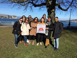 Spring weather and lovely group at the Heart of Geneva Tour Friday 22nd February