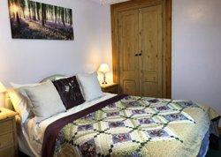 Wren Cottage double bedroom