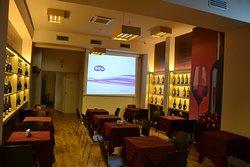 Sala multimediale da utilizzare per le vostre feste o riunioni di lavoro.