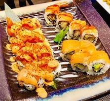 Yaya Sushi Oriente Restaurant