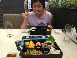 日本食レストランにて