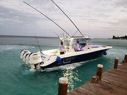 Sunrise start with Roatan Island Charters