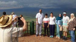 Ahmed Nassrat family on the crater rim view point
