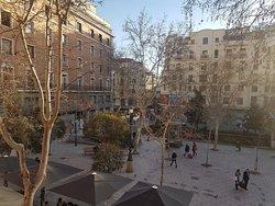 Vista a la plaza desde habitación del primer piso