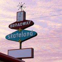 Dad's Broadway Skateland