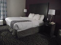 NEW YORK - LATHAM - LA QUINTA - BED AREA
