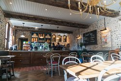 The Highdown - Pub with rooms, Worthing