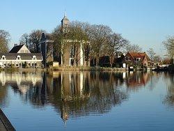18de eeuwse Nederlands Hervormde Amstelkerk Ouderkerk uit het jaar 1775