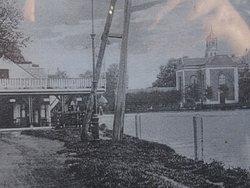"""Amstelkerk eind 19de eeuw vanaf """"het Jagershuis"""""""