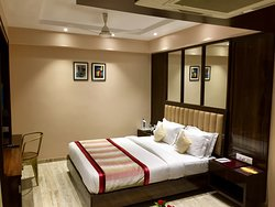 club room is really osam the interior is really very nice ans service and staff is really very good