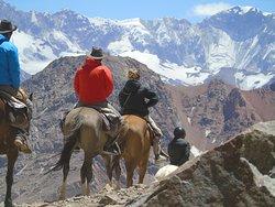 Trekking Travel Expediciones