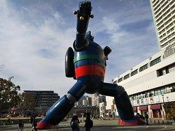 Tetsujin No. 28 Statue