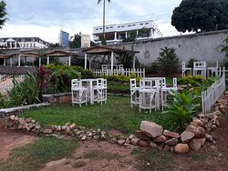 Setup amidst a perfect serene garden surrounding.