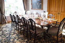 formal dining room for larger groups.