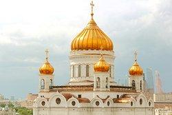 Купола в России кроют чистым золотом...