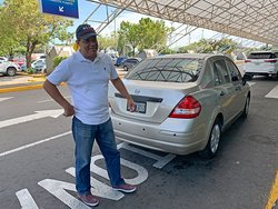 Robert Ow - Safe, Reliable and Excellent Driver in Nicaragua with several vehicles to suit your needs.
