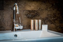 VOYA organic Irish toiletries in each bathroom
