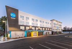 Tru by Hilton Fayetteville, NC