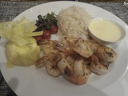 Prawns with Lemon, Basmati Rice, Tomato