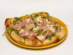 Interno Mediterraneo Pizza