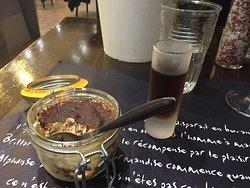 Tiramisu und ein Glas Marsala