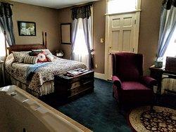 Sheboygan Road Room