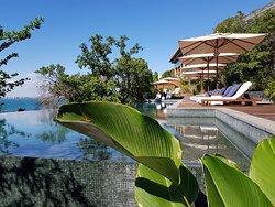 Beautiful and luxurious Cambodian jungle retreat!