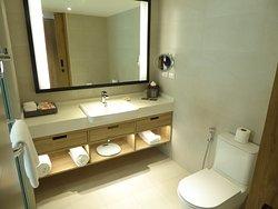 Bathroom of D'Luxe Room
