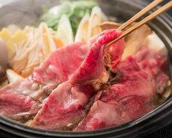 本格関東風すき焼きをご堪能下さい。