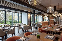 The Pavilion Restaurant - Courtyard by Marriott Suzhou Mudu